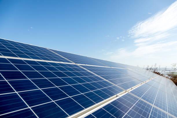 Windkraftanlage Solarpanel erneuerbare Energien – Foto