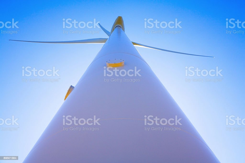 Wind Turbine Wide Angle Straight Up royalty free stockfoto