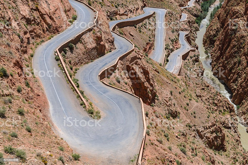 Winding road in Dades Valley, Morocco Lizenzfreies stock-foto