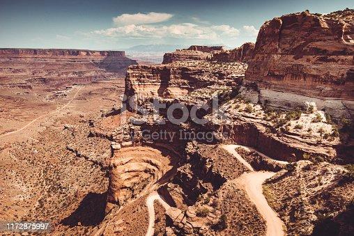 winding road in Moab