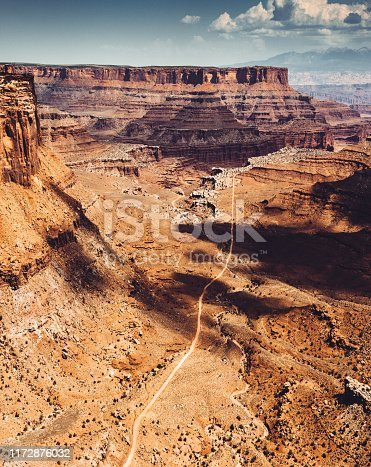 winding road in Moab