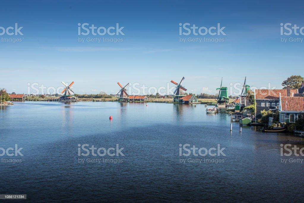 Windmühlen in Holland stock photo