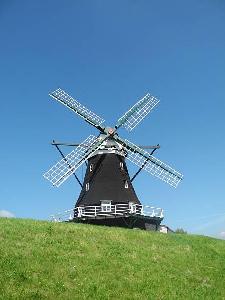 Windmühle bei Pellworm, Deutschland – Foto