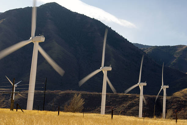 windmill energy - mikefahl stock pictures, royalty-free photos & images