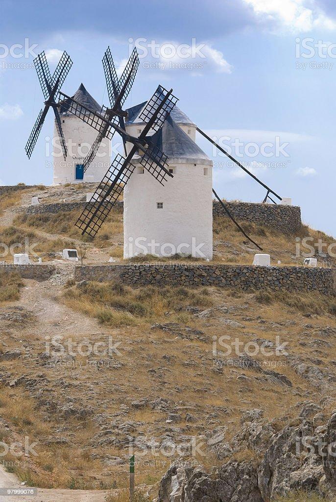 Moinho de vento na Espanha foto royalty-free