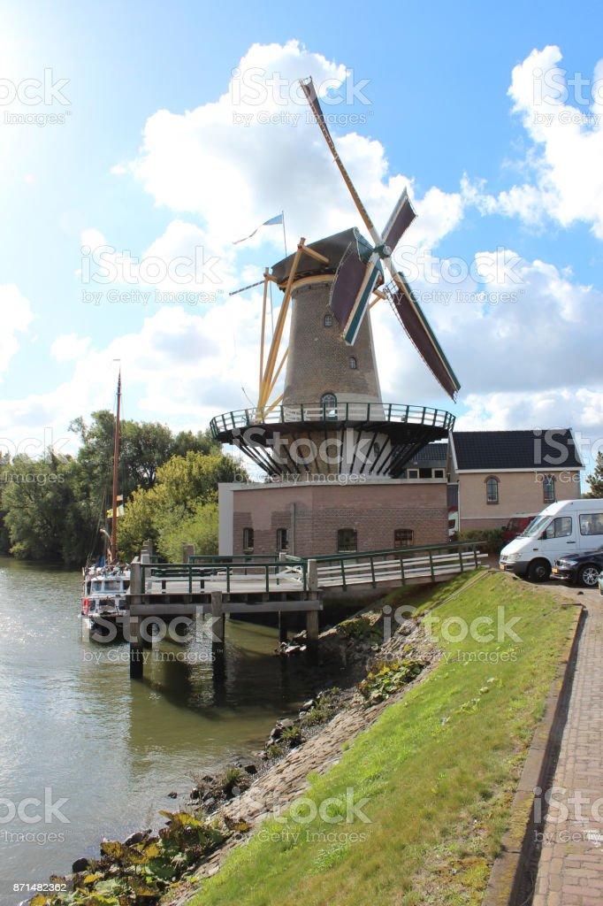Molen de Windlust naam Nieuwerkerk aan den IJssel foto