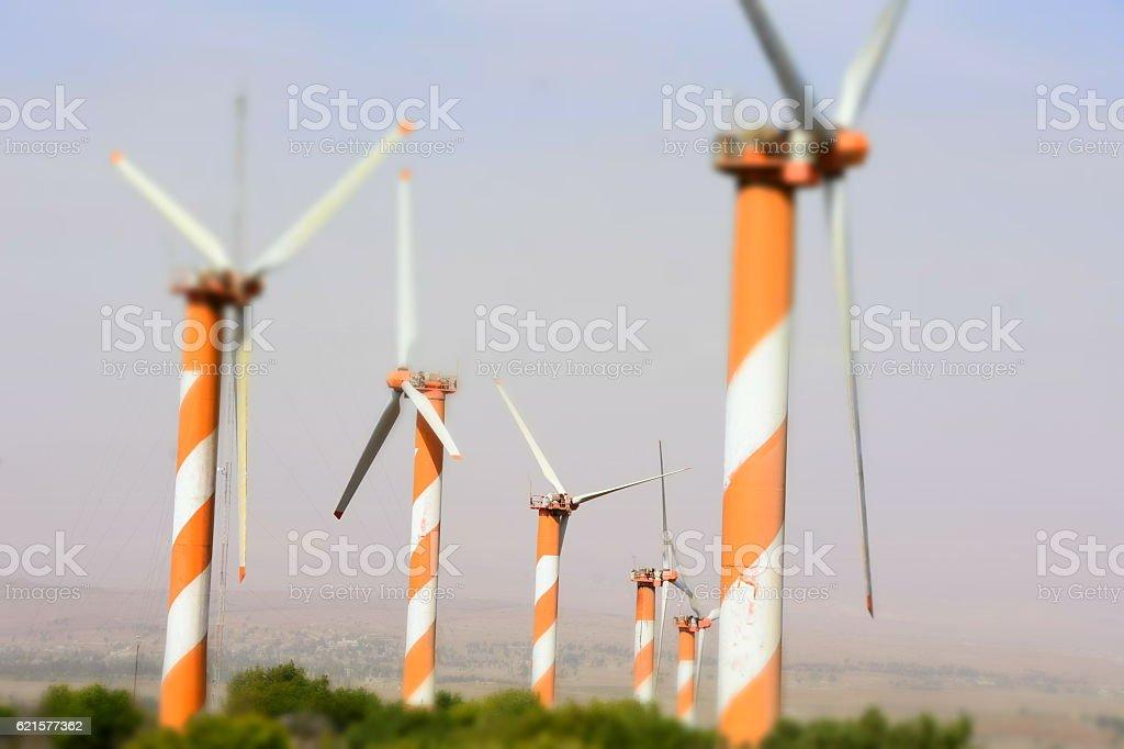 Bâtiment actionné par le vent  photo libre de droits
