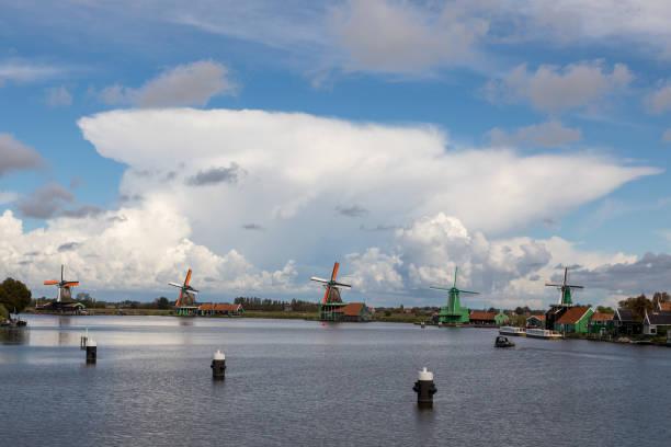 Windmills in distance in Zaanse Schans – zdjęcie