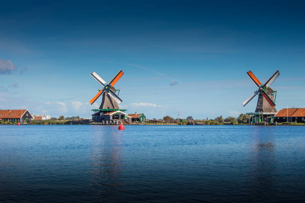 Windmühlen in Holland stock photo