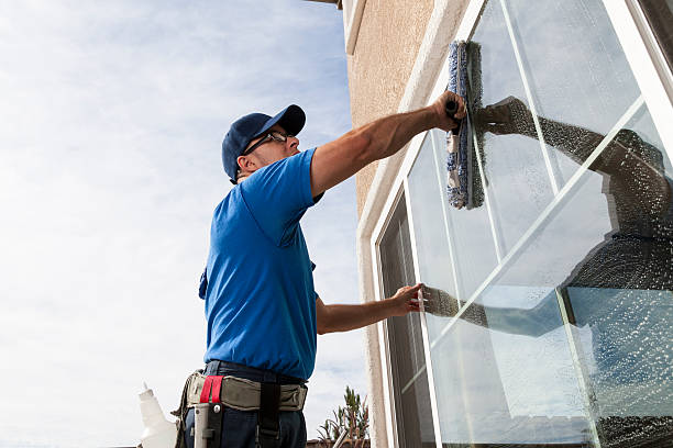 4,607 Window Cleaning Stock Photos, Pictures & Royalty-Free Images - iStock