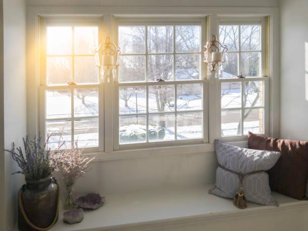 冬天的窗戶 - 窗 個照片及圖片檔