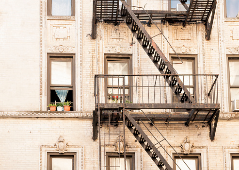 Nyc Windows And Fire Esacpe Architecture In Historic Residential Building Stock Photo - Download Image Now