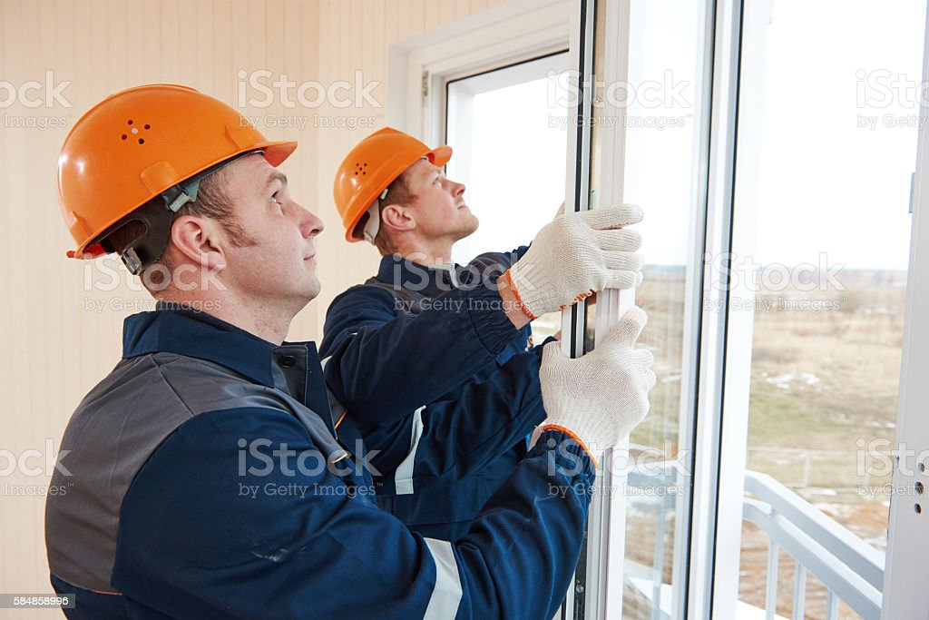 windows installation workers – Foto