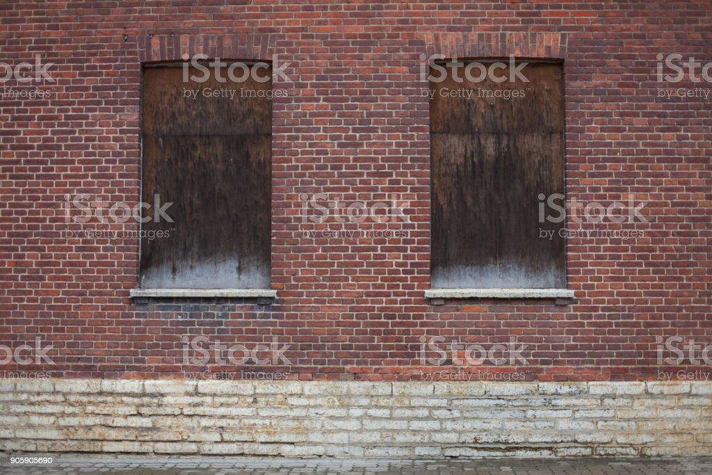 Windows genagelt geschlossen – Foto