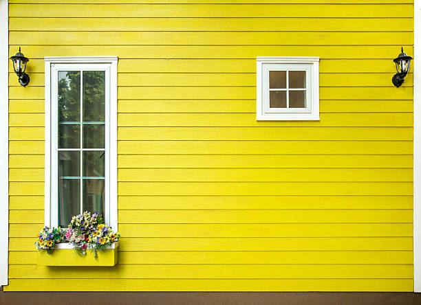 windows of wooden house - foto stock