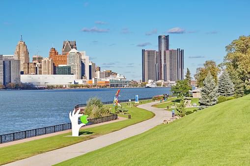 Windsor Ontario Waterfront Trail Views Of Detroit Skyline Stock Photo - Download Image Now