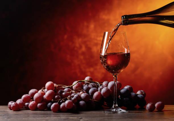 Wine and grape picture id916072486?b=1&k=6&m=916072486&s=612x612&w=0&h=xlsgjezzsf7xbxtx7ncqxrsils85xymmzcy1lmugark=