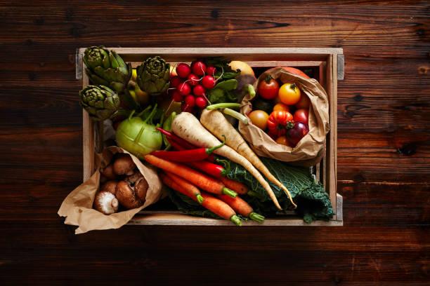 Wein Fall mit Gemüse gefüllt – Foto
