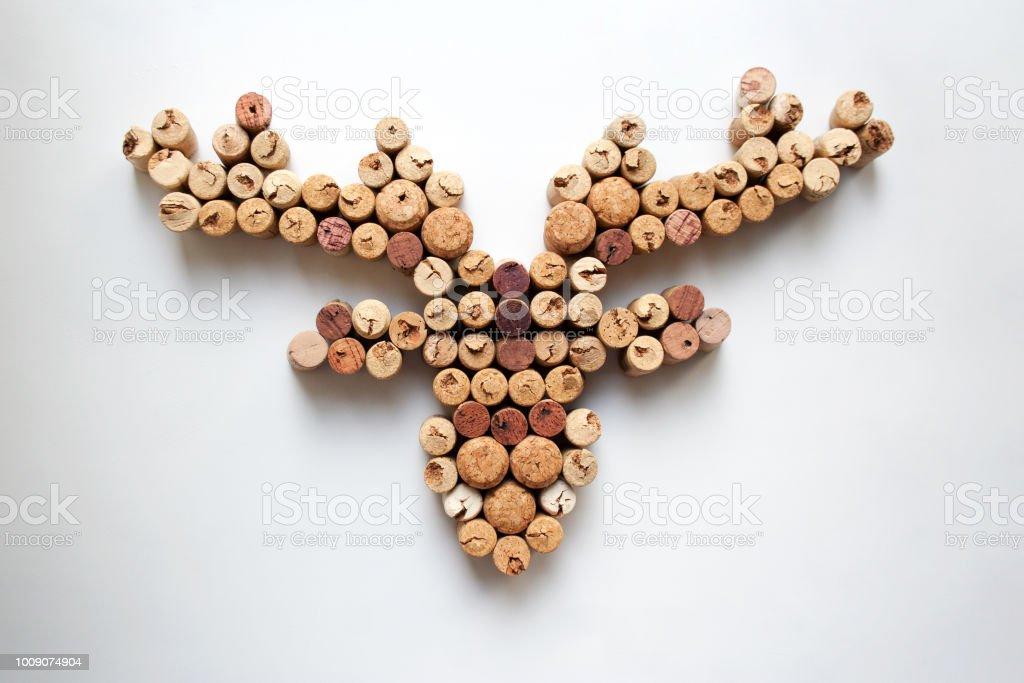 Des bouchons de vin tête de cerf - Photo