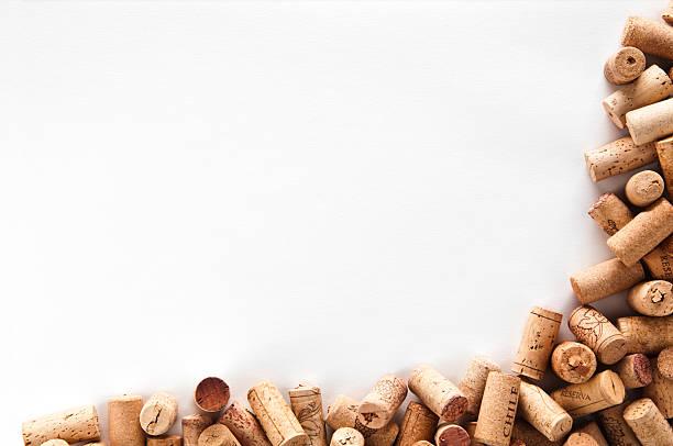 Wein corks Rahmen isoliert auf weißem Hintergrund. – Foto