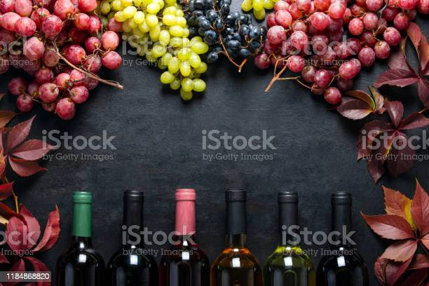 Wine dark background with blank space for a text picture id1184868820?b=1&k=6&m=1184868820&s=612x612&h=l 2pkvxftynhd3cm8cpo jgvwdb36ejb 1hehpdq1t4=