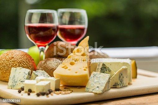 Wein Stock-Fotografie und mehr Bilder von Blauschimmelkäse