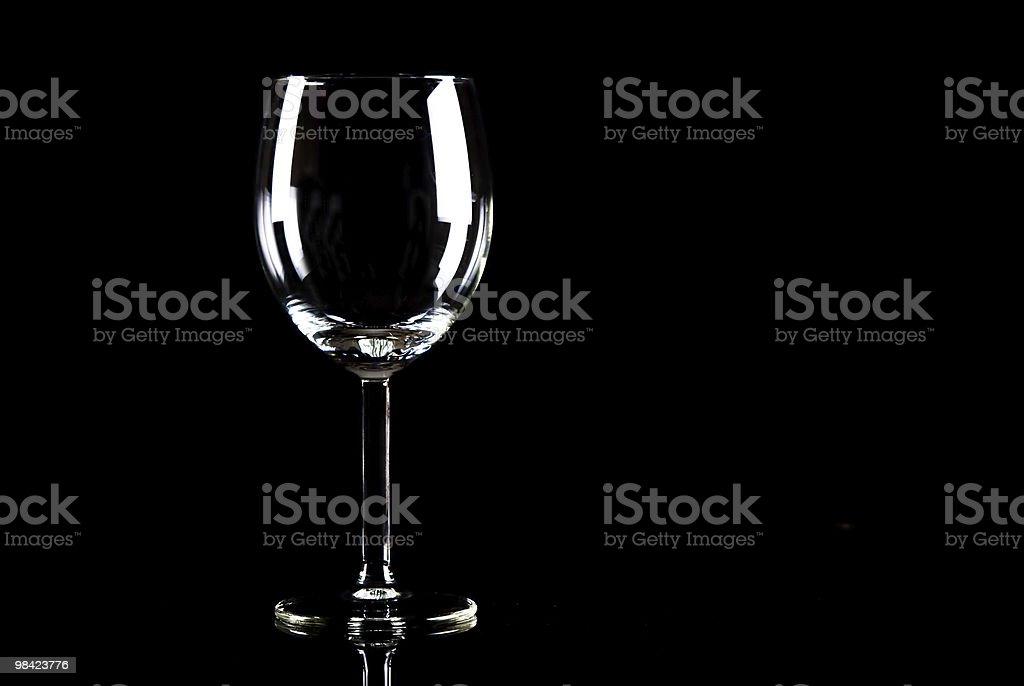 Bicchiere da vino su nero foto stock royalty-free