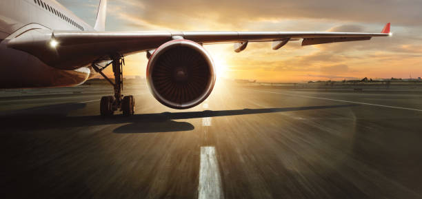 상용 제트 라이너의 날개와 터빈. - 항공기 날개 뉴스 사진 이미지