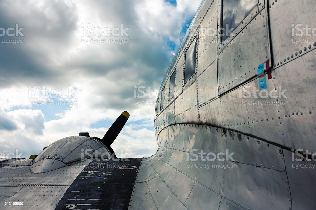 Крыло самолета на винтажный стоковое фото