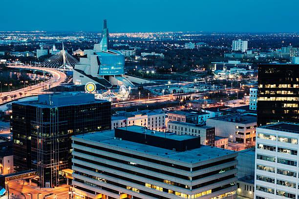 Winnipeg panorama bei Nacht – Foto