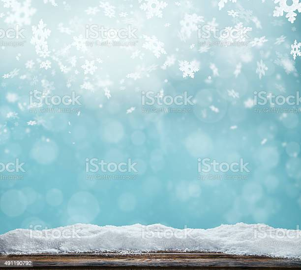 Winter abstract background with wooden planks picture id491190792?b=1&k=6&m=491190792&s=612x612&h=xxkdpnrlqs7k5rkwpesbpwwzy0ho3z6ol0lvjxivnig=