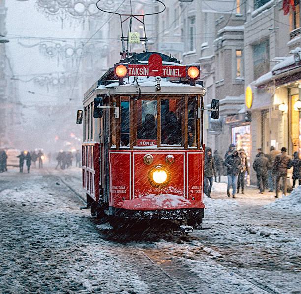 Winter and red tram in istiklal street beyoglu istanbul picture id638008730?b=1&k=6&m=638008730&s=612x612&w=0&h=nlncfz1t6q4vmg4fynopml cmv32bmiol5 xrftkaew=