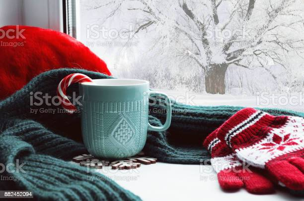 Winter background cup candy cane woolen scarf and gloves picture id882452094?b=1&k=6&m=882452094&s=612x612&h=lw q d2bzxqwdrbzekn5y7fgpcvsjsql byeypwuzby=