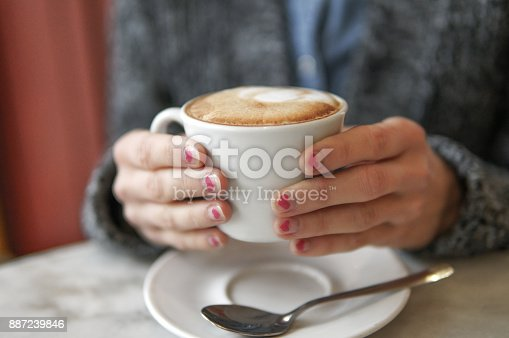 istock Winter cup of coffee 887239846