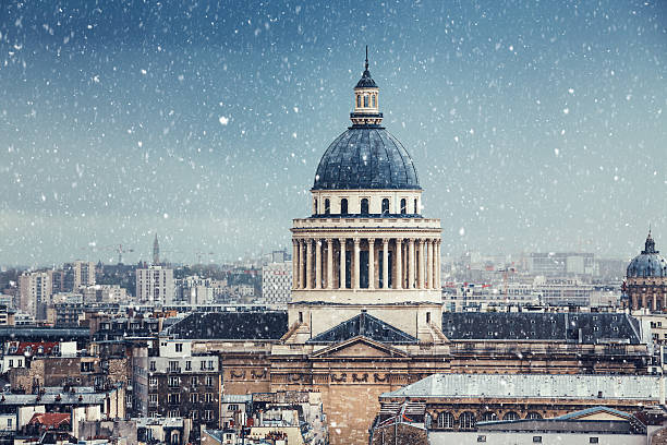 winter day in paris - cupola stock pictures, royalty-free photos & images