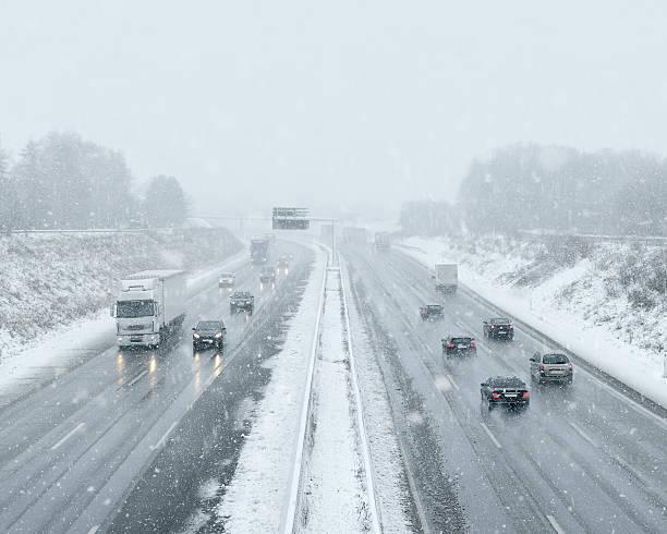 Winter Auto-Pendler Verkehr – Foto