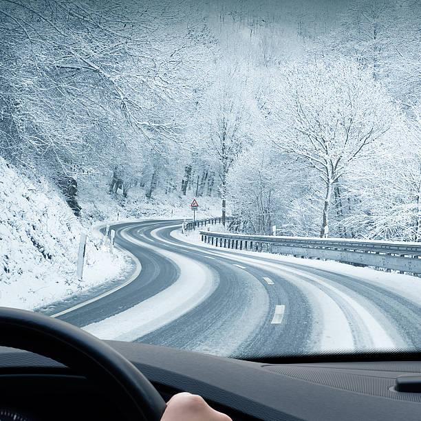 Winter Auto-Curvy Schnee Country Road – Foto