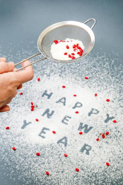 winter urlaub konzept - happy new year - frohes neues jahr stock-fotos und bilder