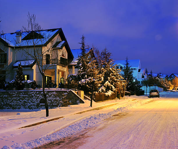 Winter House Winter House russian dacha stock pictures, royalty-free photos & images