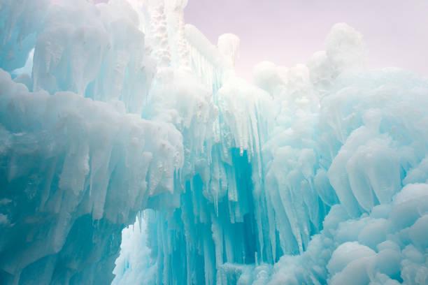 겨울 얼음 조각 - 고드름 뉴스 사진 이미지