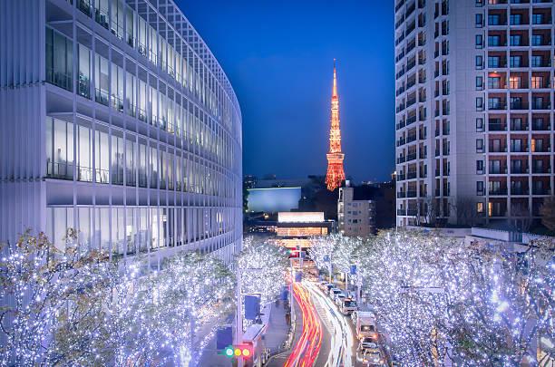 winter-beleuchtung in tokio aus roppongi hills - weihnachten japan stock-fotos und bilder