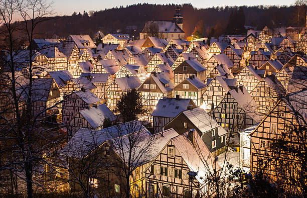Winter In Freudenberg An alternative, 86 half-timbered houses district of the city Freudenberg near Siegen. The district, which is also called 'Alter Flecken' was built on the instructions of the then local ruler, Prince John Maurice of Nassau in the 17th century after a town fire and consists almost unchanged since. half timbered stock pictures, royalty-free photos & images