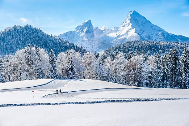 Winter landscape in the bavarian alps with watzmann massif germany picture id488873680?b=1&k=6&m=488873680&s=612x612&w=0&h=khwdbxdf ta8eeofy5uiqmln98uah9miy8ghusqghu4=