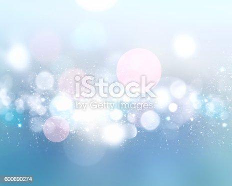 istock Winter light blue blurred defocused background. 600690274