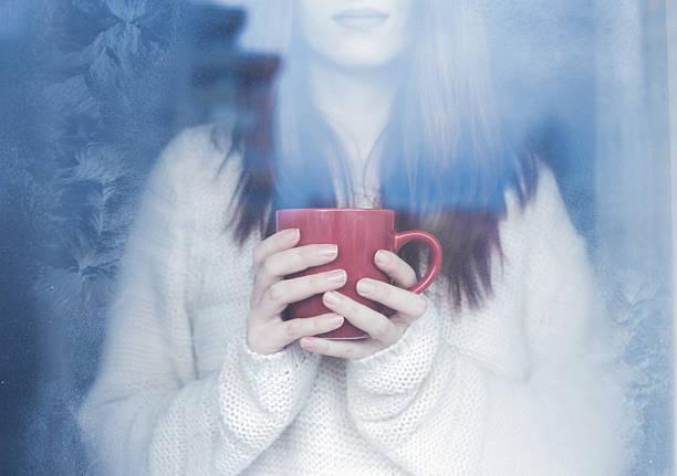 winter magic - gesichtertassen stock-fotos und bilder