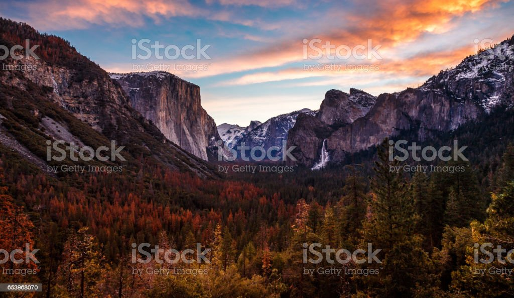 Winter Morning Colors on Yosemite Valley stock photo
