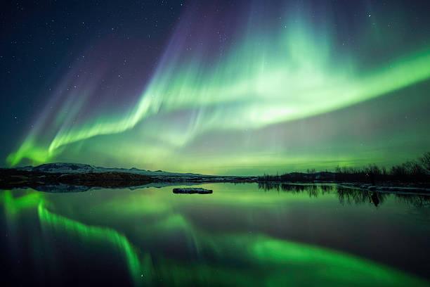 zimowa nocy - islandia zdjęcia i obrazy z banku zdjęć