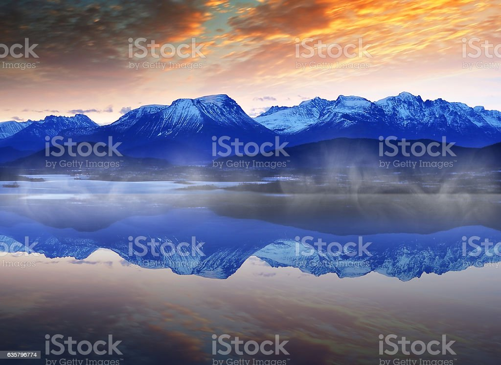 Winter Norwegian Landscape - Lizenzfrei Alesund Stock-Foto