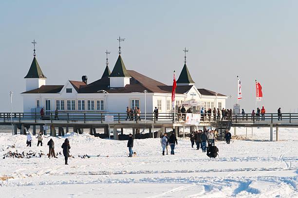winter am meer - usedom stock-fotos und bilder