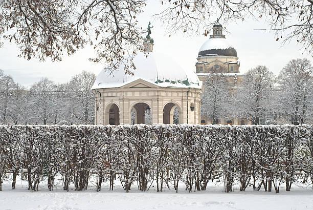 winter-szene der hofgarten - münchen weather stock-fotos und bilder